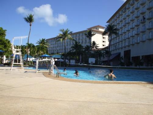 フィエスタリゾートホテルのプール