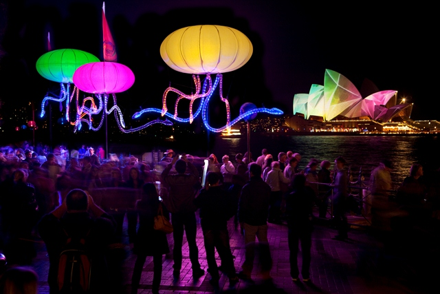 Jelli-Light-at-VIVIV-Sydney-2011-5764790317_3f54e67c83_o-web