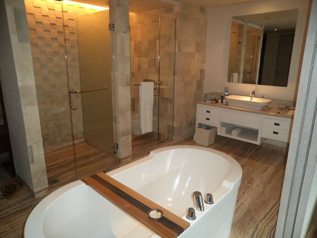 ts-suites-leisure-seminyak